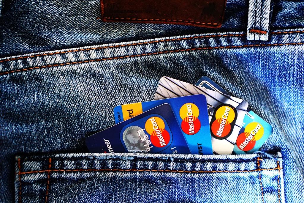 Społeczeństwo: Sprawdź, jak zwiększyć bezpieczeństwo swoich pieniędzy na rachunkach bankowych