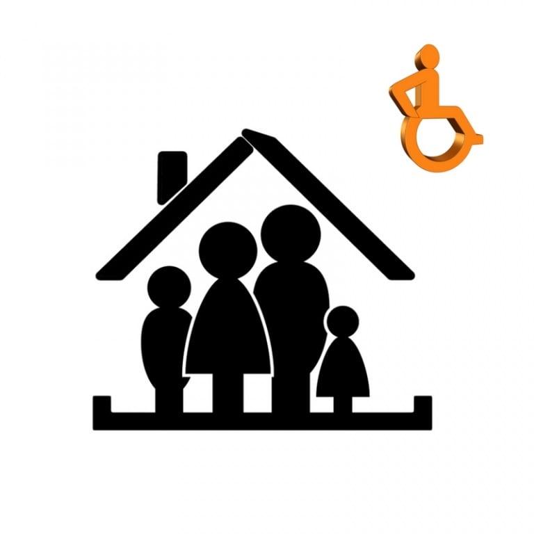 Społeczeństwo: Brakuje systemowych rozwiązań wsparcia dla niepełnosprawnych rodziców