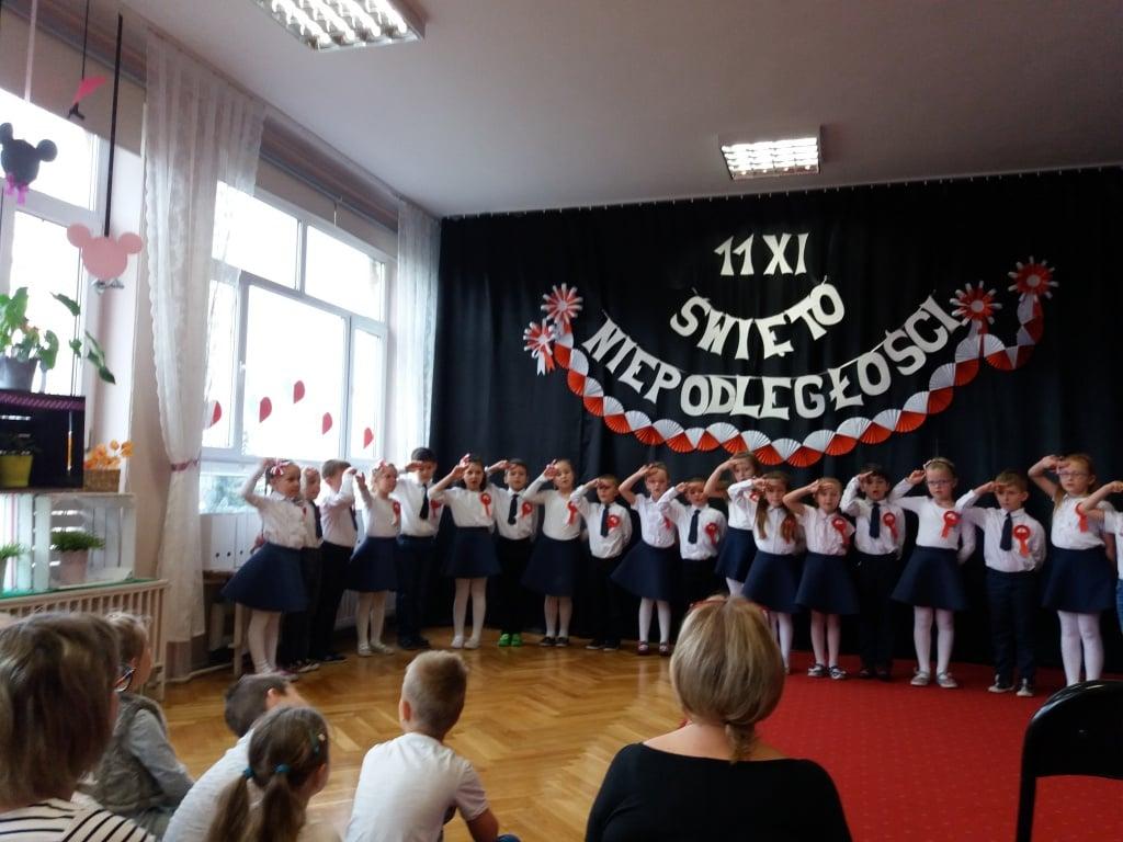 Elbląg: Uroczyste Święto Niepodległości w Przedszkolu nr 17
