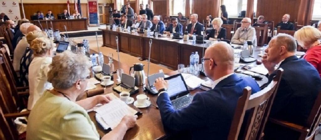 Elbląg: Rada Miejska kadencji 2014 – 2018 zakończyła pracę