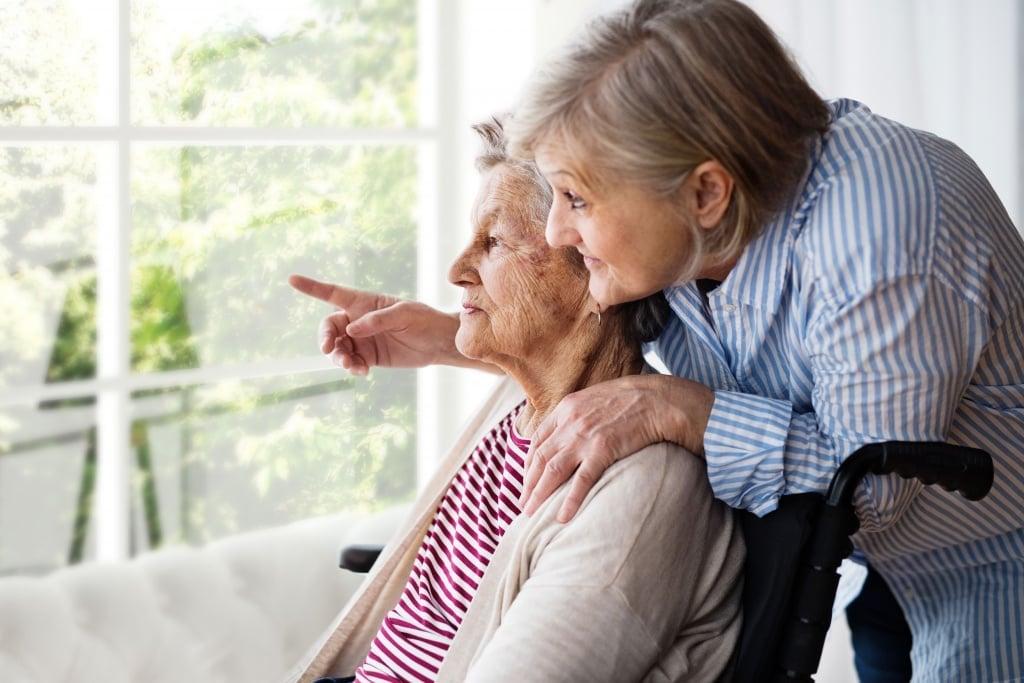 Senior: Opiekunka seniorów zawodem z przyszłością?