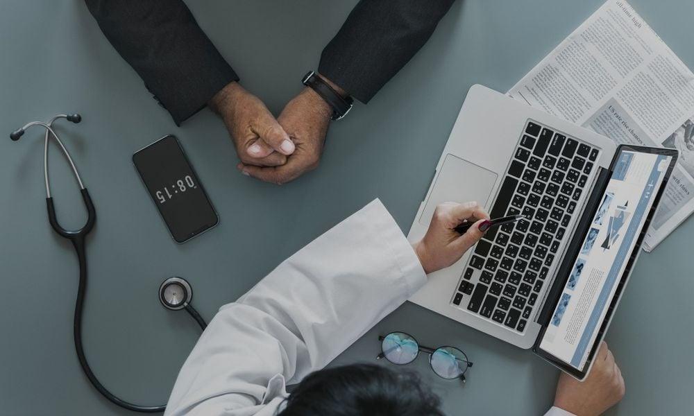 Centrum e-Zdrowia: E-skierowane na szczepienie przeciw COVID-19 nie ma kodu