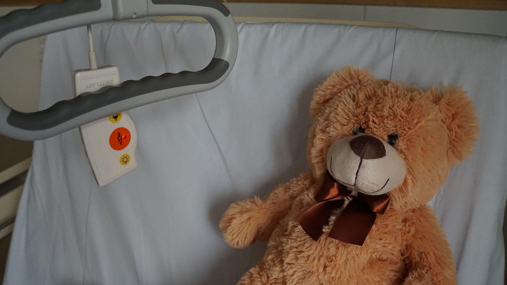 Koniec z odpłatnością w szpitalach dla rodziców lub opiekunów dzieci ze znaczną niepełnosprawnością