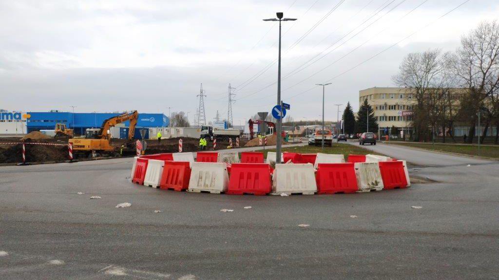 Utrudnienia na Warszawskiej