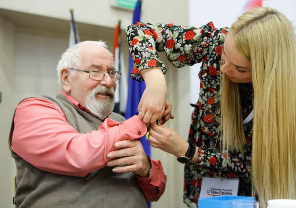 Lepszy dostęp do usług opiekuńczych. Trwa przyjmowanie wniosków