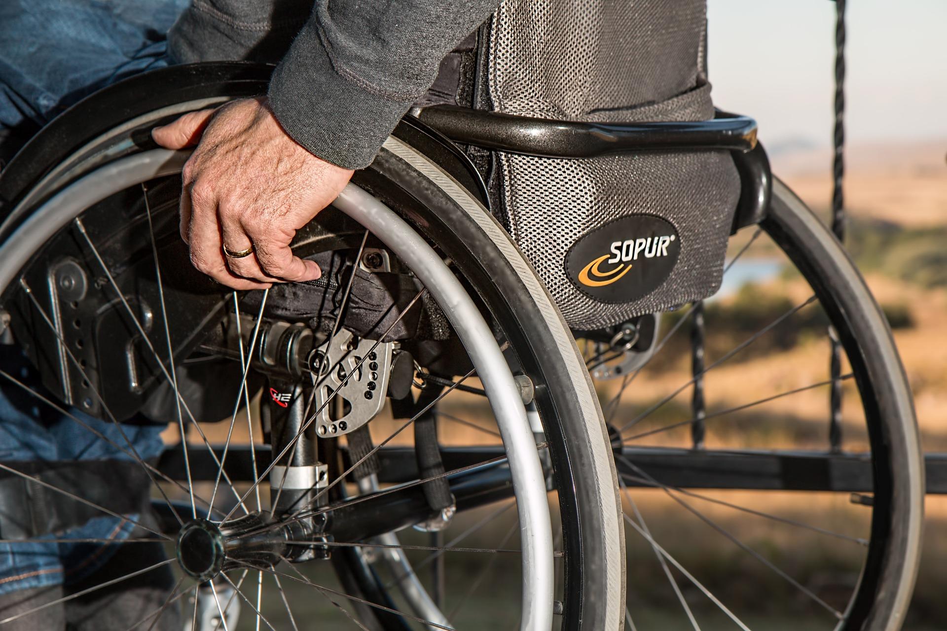 Zespół PAN: Wpływ pandemii m.in. na osoby z niepełnosprawnością utrzyma się dłużej niż ryzyko epidemiczne