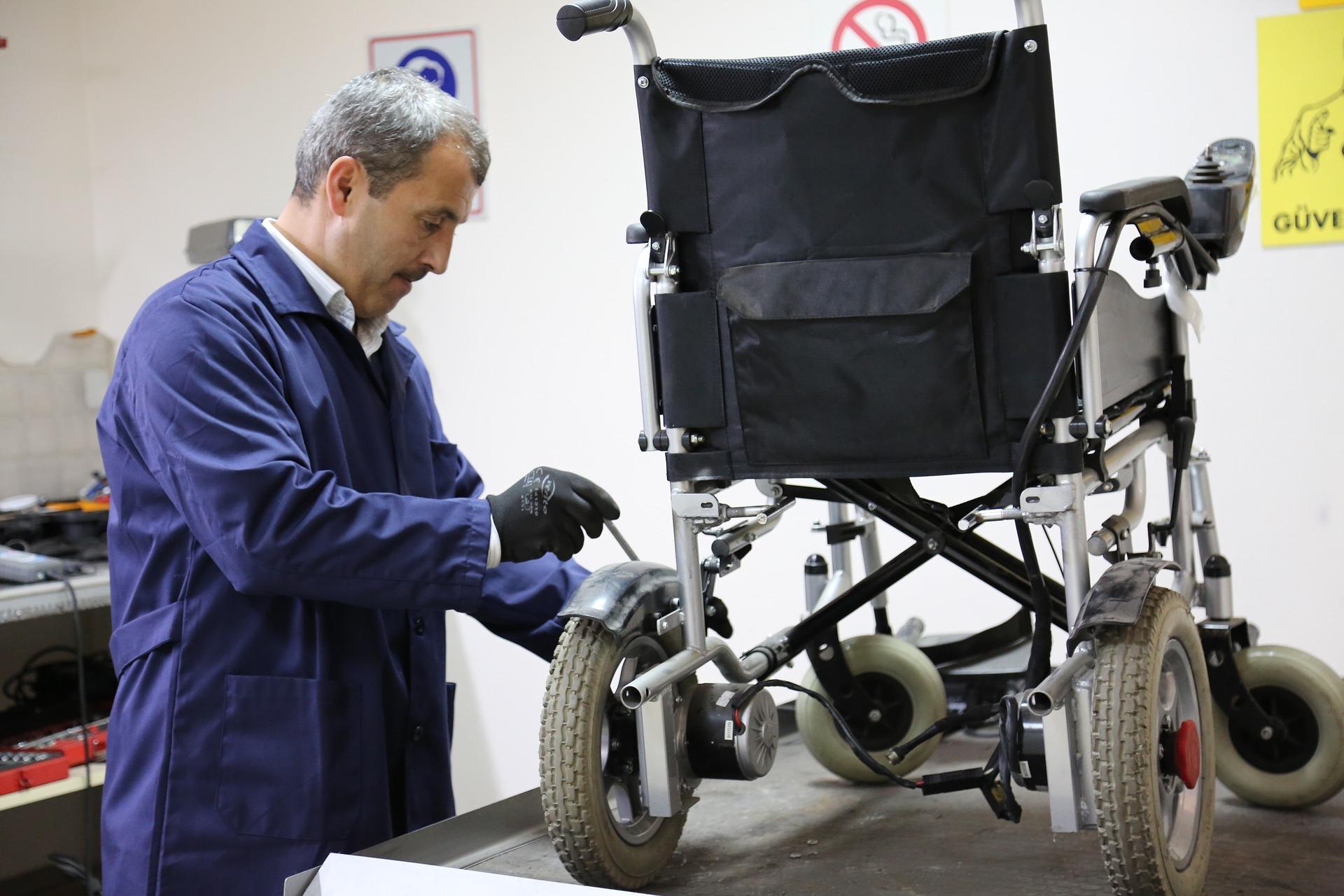 Praca w życiu osób z niepełnosprawnością