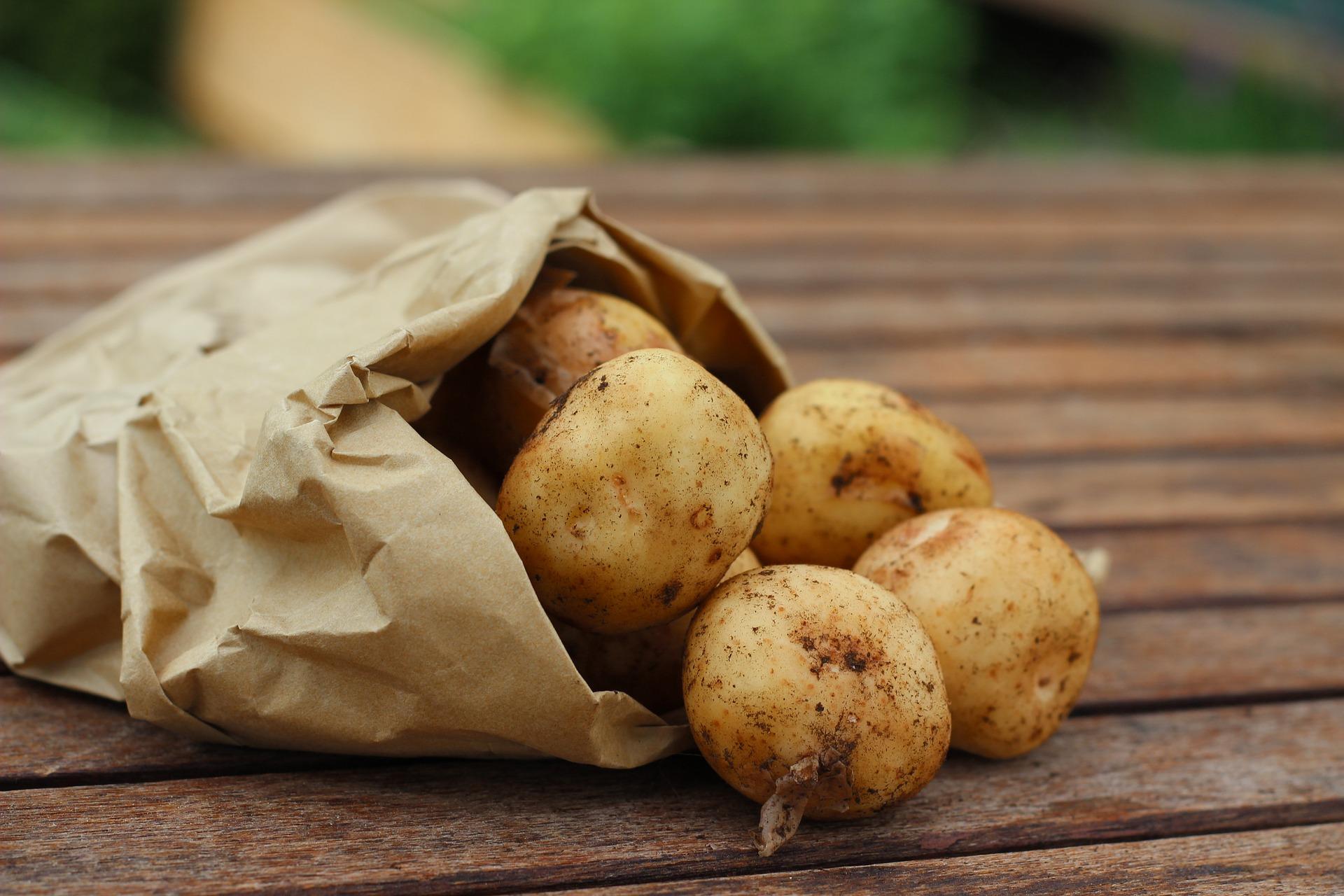 Ziemniaki w sklepach muszą być znakowane symbolem flagi kraju pochodzenia