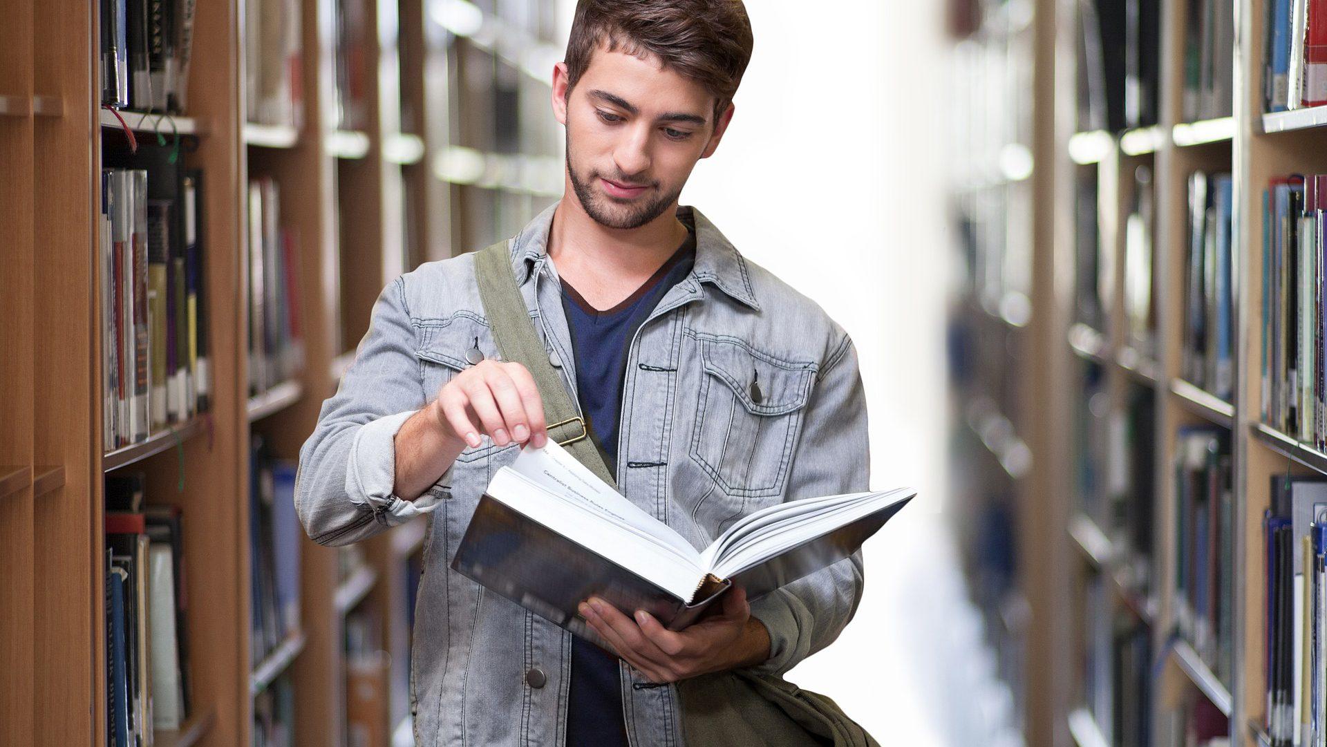 Zostałeś skreślony z listy studentów? Nie możesz brać renty rodzinnej