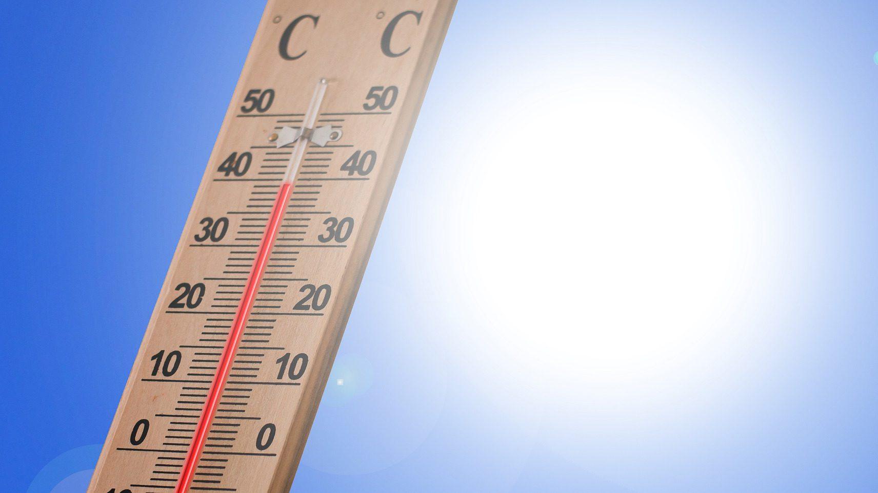 IMGW: Będzie gorąco i burzowo