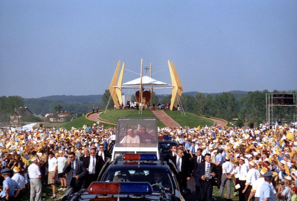 Jan Paweł II w Elblągu – wernisaż wystawy