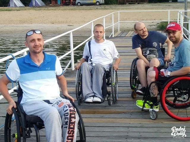 Wózek to tylko rzecz. Jak oswoić się z niepełnosprawnością?