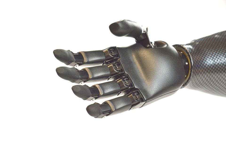 Proteza dłoni z Politechniki Krakowskiej najlepsza w konkursie Pro Juvenes