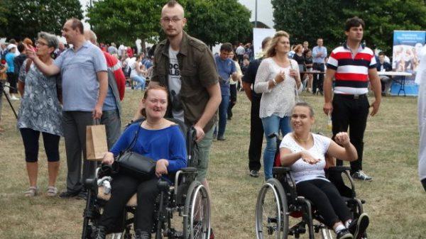 Toruń: Piknik edukacyjny dla osób niepełnosprawnych