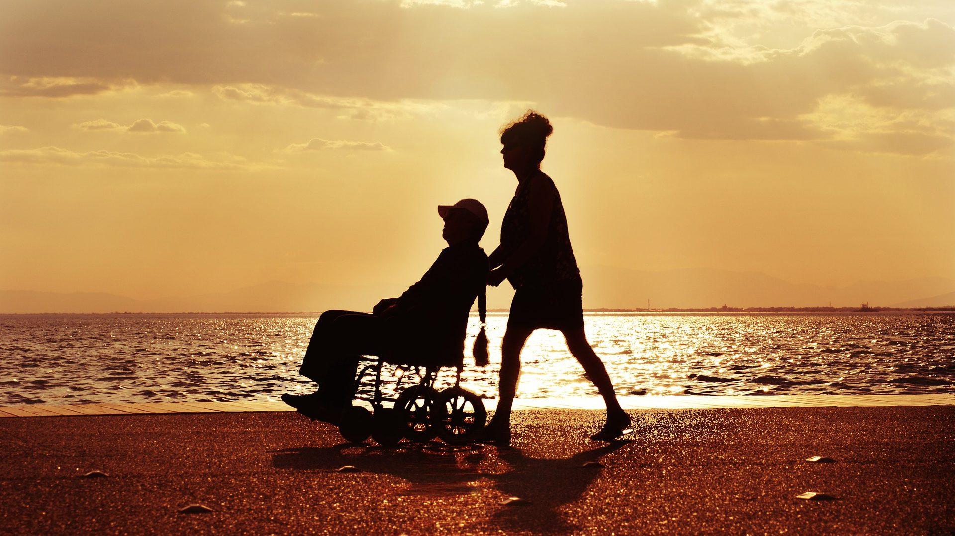 Sopot: Opiekun osoby niesamodzielnej może liczyć na wsparcie specjalistów