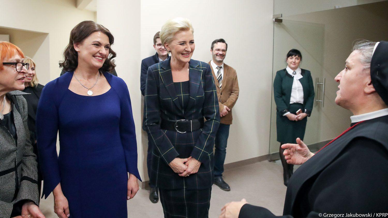 Pierwsze Damy Polski i Litwy odwiedziły wileńskie hospicjum
