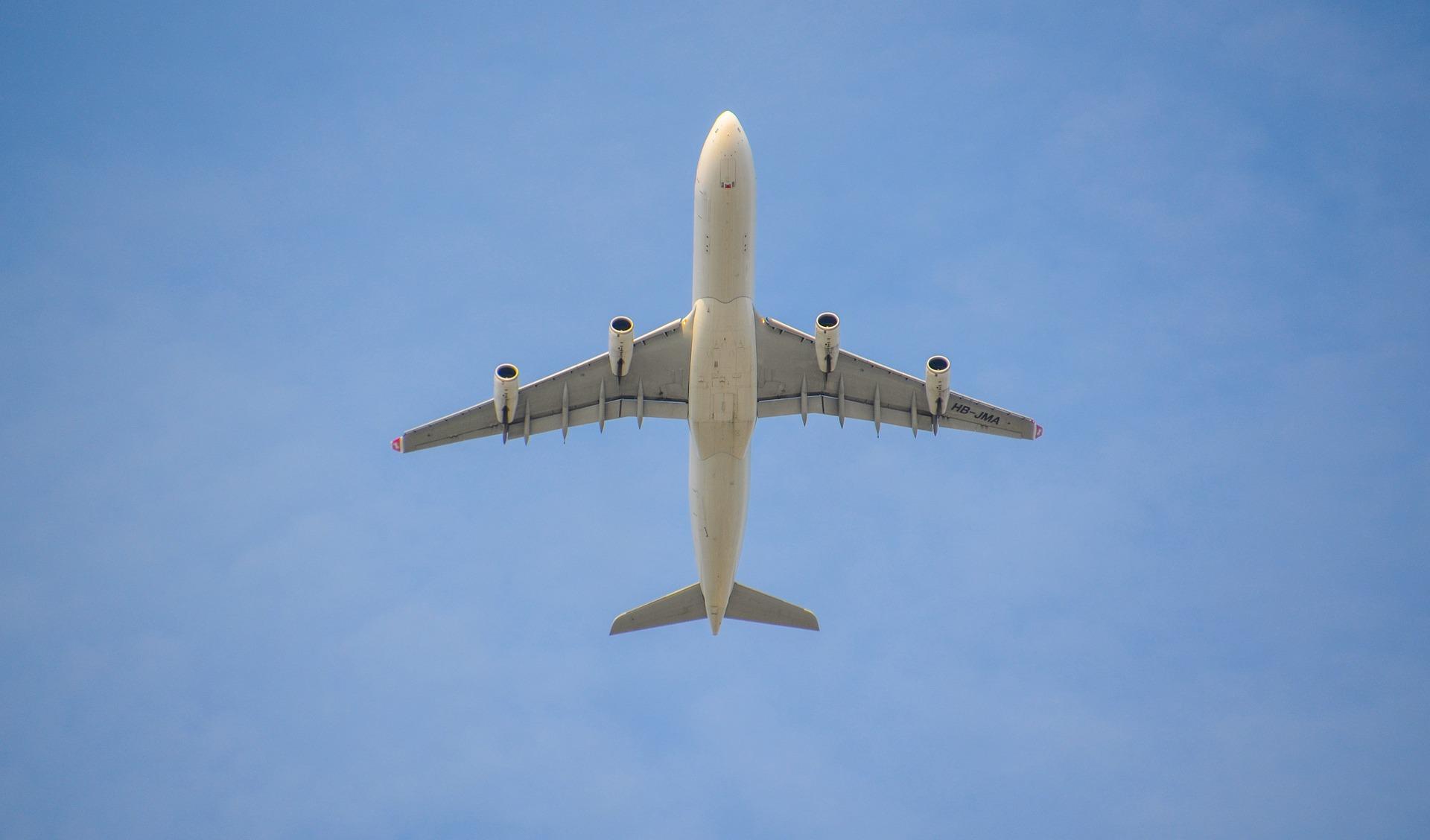 MSZ: Zakaz połączeń lotniczych z Francją zniesiony