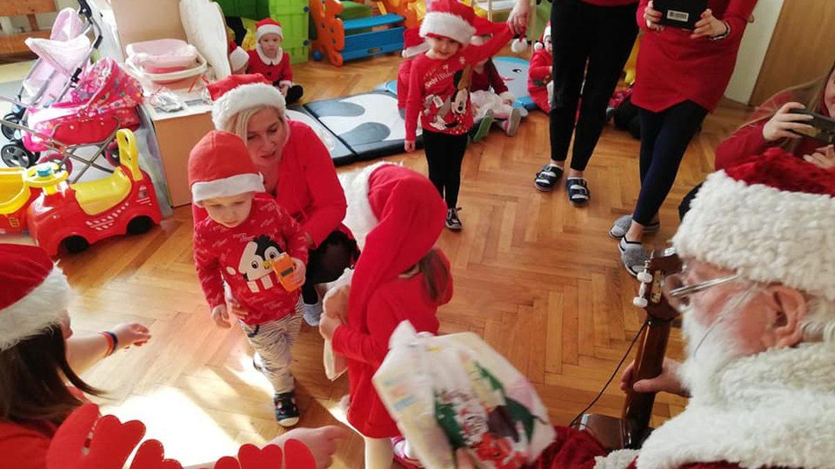 Mikołaj odwiedził dzieci w PSONI