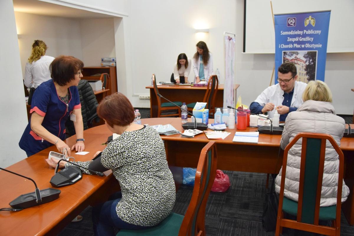 Olsztyn: Seniorzy przebadani w urzędzie