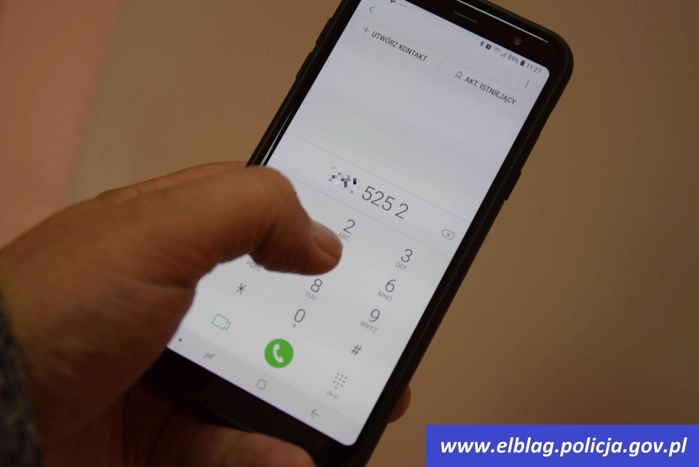 Przyszedł sms, że trzeba dopłacić do przesyłki – mężczyzna stracił ponad 9 tysięcy złotych