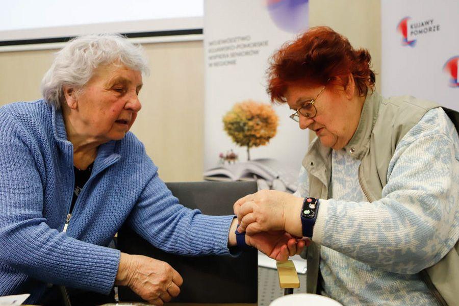 Bransoletki życia – w kujawsko-pomorskim czekają na ostatnie zgłoszenia gmin