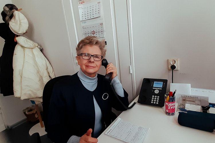 Halofon – w Łodzi seniorzy pomagają seniorom