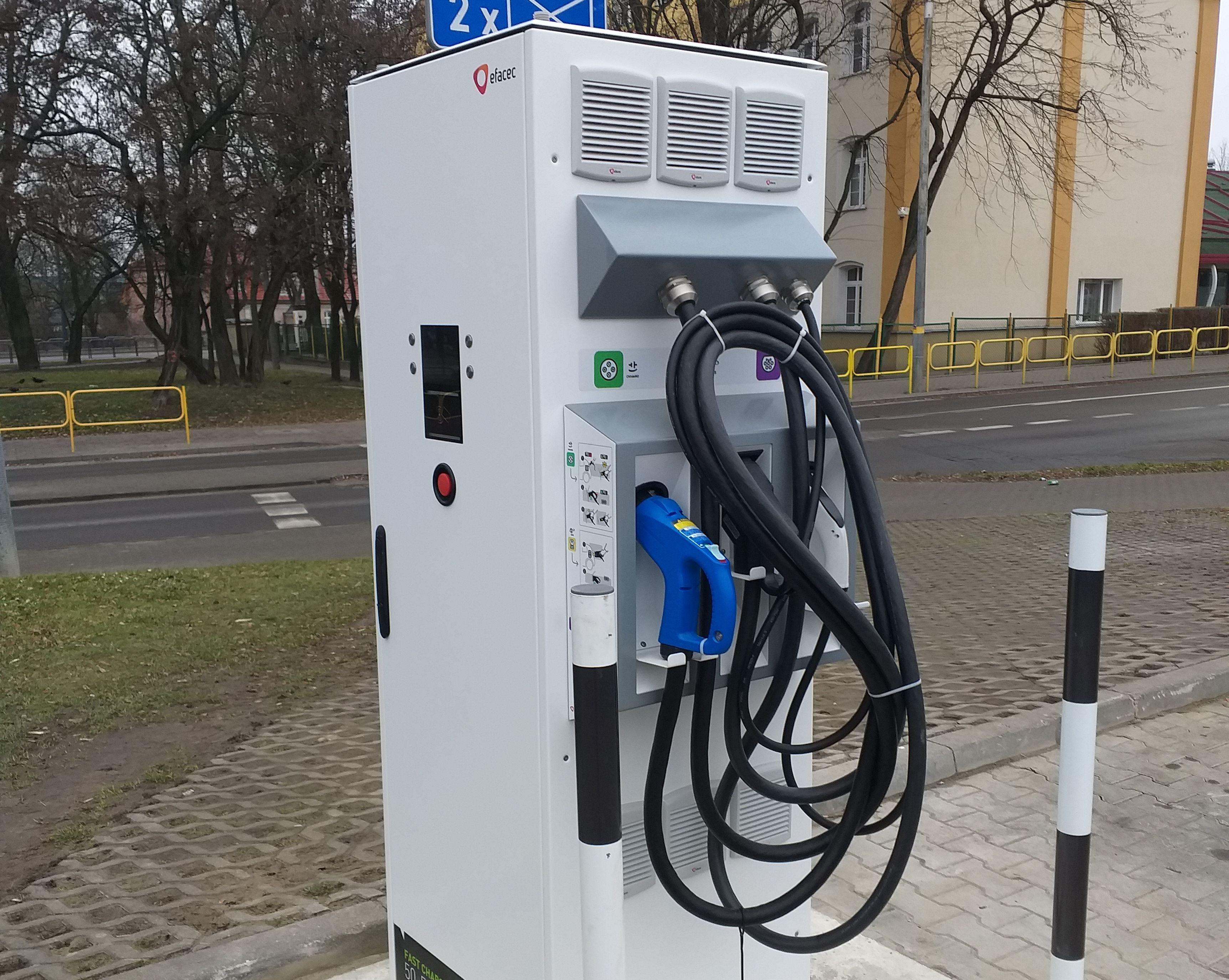 Elektromobilność w Elblągu. Wypełnij ankietę