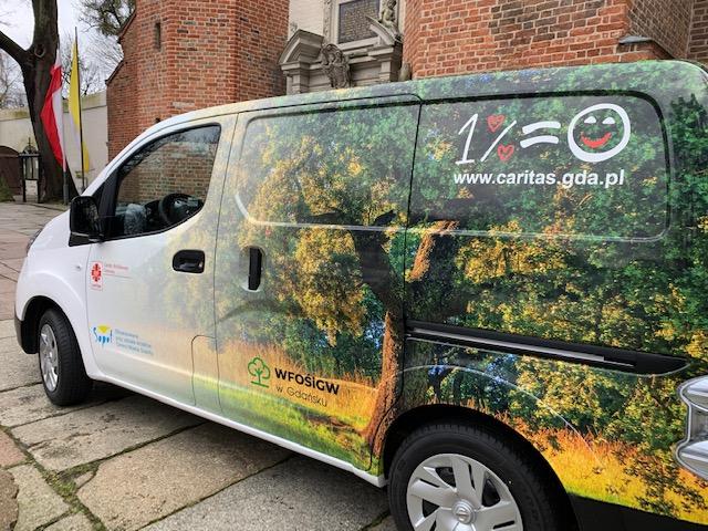 Sopot: W trosce o niesamodzielnych – miasto wsparło zakup auta dla Caritas
