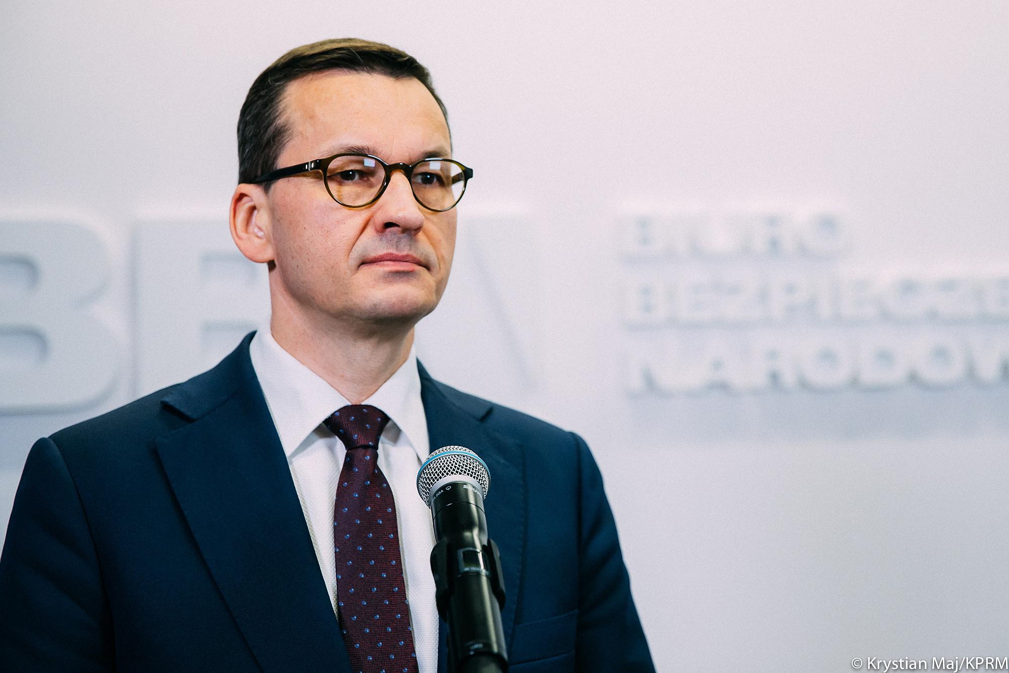 Morawiecki: 99,5 proc. osób objętych kwarantanną trzyma się ściśle procedur