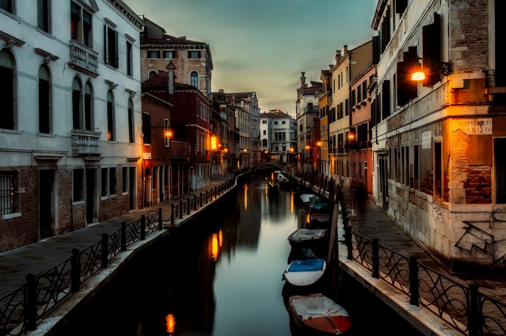 Ekspert WHO: W tym tygodniu możliwy szczyt zakażeń koronawirusem we Włoszech