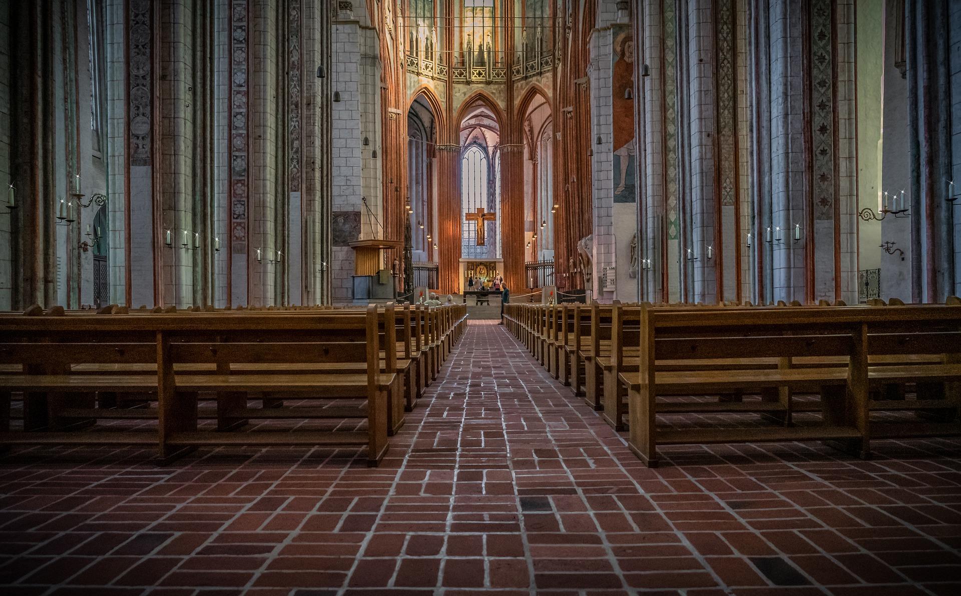 Zalecenia odwołania dyspens udziału we mszy z wyjątkami