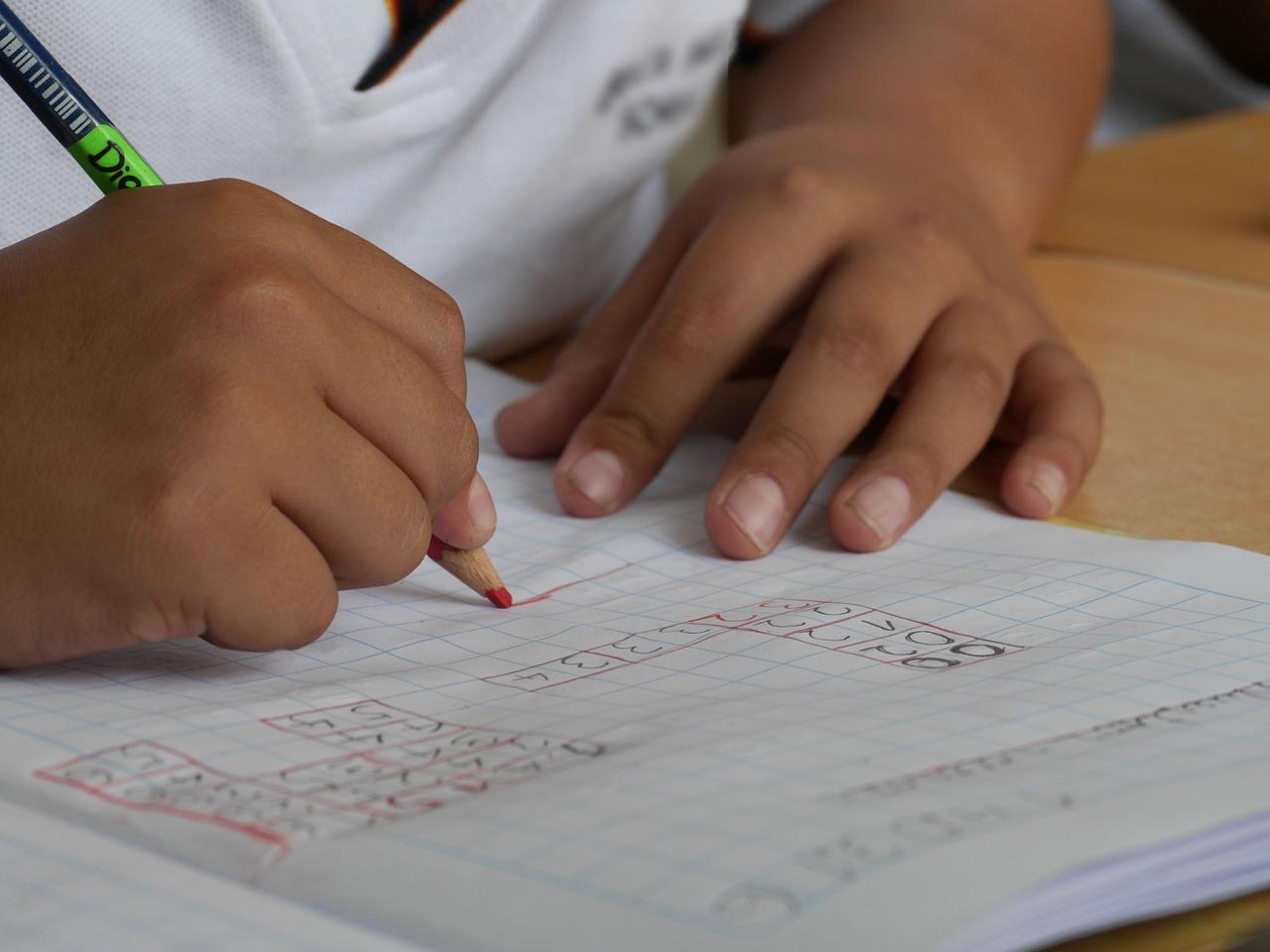 Hiszpania: Zakażenia koronawirusem w ponad 50 szkołach