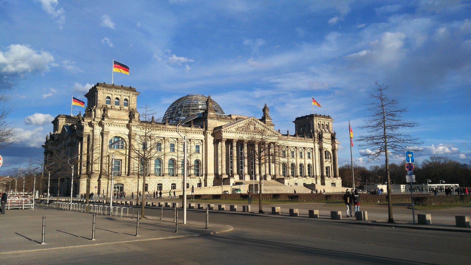 Niemcy: Minister zaniepokojony zachowaniem niemieckich turystów za granicą