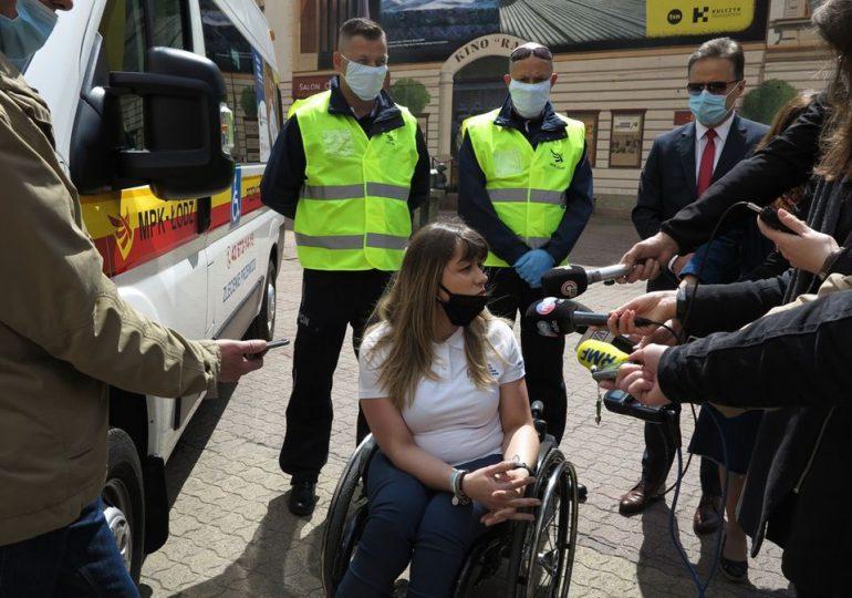 W Łodzi MPK podwiezie osoby z niepełnosprawnościami do parku, restauracji i na zakupy