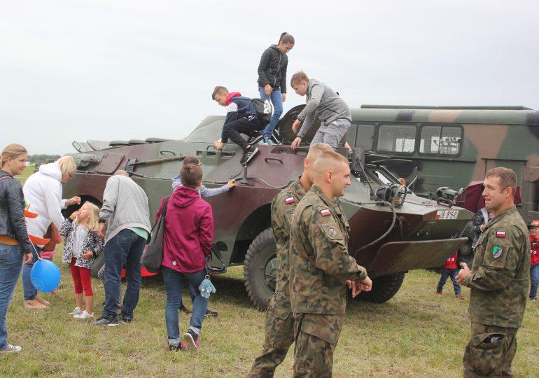 Wojsko organizuje Dzień Dziecka