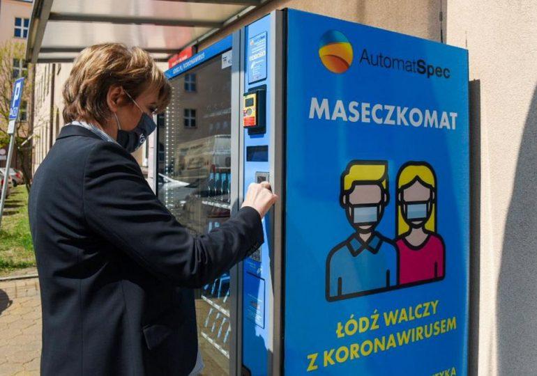 W 20 miejscach w Łodzi można kupić maseczki wielokrotnego użytku