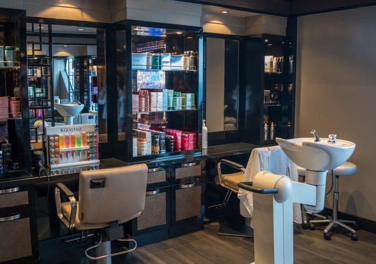 Szumowski: Duże prawdopodobieństwo otwarcia salonów fryzjerskich i kosmetycznych od 18 maja