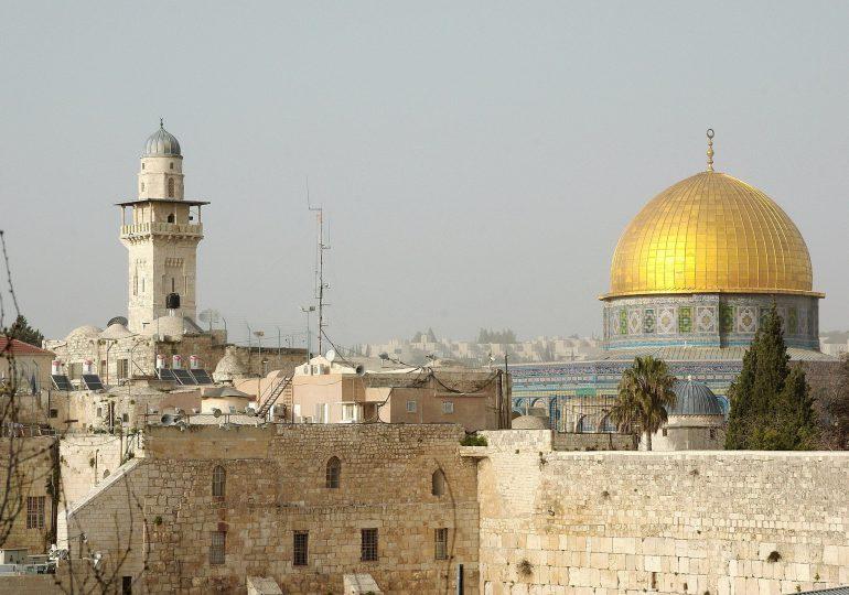 Izrael: trzecia dawka szczepionki przeciw Covid-19 także dla osób powyżej 30. roku życia
