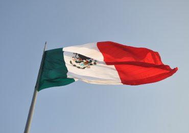Meksyk: Długie kolejki po butle z tlenem. Gangi zarabiają na pandemii