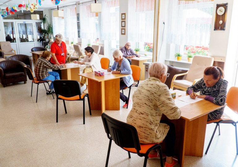 Gdynia: MOPS powoli odmraża działalność