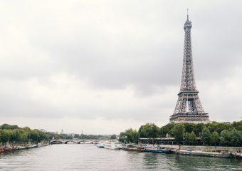 Francja: Zatrzymania i grzywny za spożywanie posiłków w działających nielegalnie restauracjach
