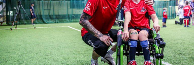 Radosław Majdan wspiera Futbolową Bandę