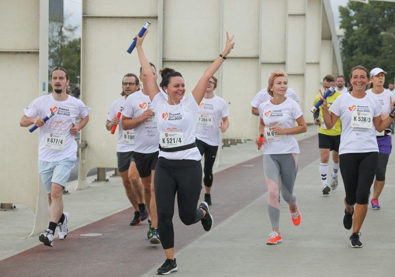 Biegacze znowu pomogą osobom z niepełnosprawnościami