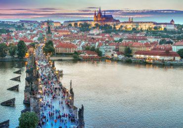 Czechy: Łatwiejsze podróże już po pierwszej dawce szczepionki przeciw COVID-19