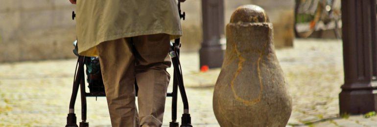 Międzynarodowy Dzień Osób Starszych. O polityce senioralnej w Polsce