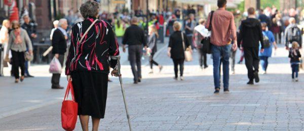 Toruń: Wsparcie dla seniorów
