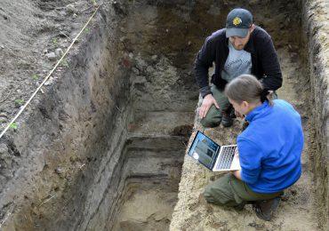 Osada z epoki kamienia – prawdopodobne odkrycie Elbląskich leśników