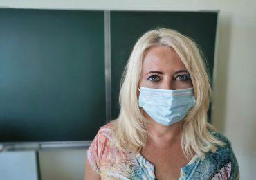 Prasa: Włoski rząd chce wprowadzić obowiązek szczepień dla pracowników szkół