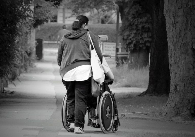 Gdańsk: Konkretna pomoc dla rodzin i opiekunów osób z niepełnosprawnością