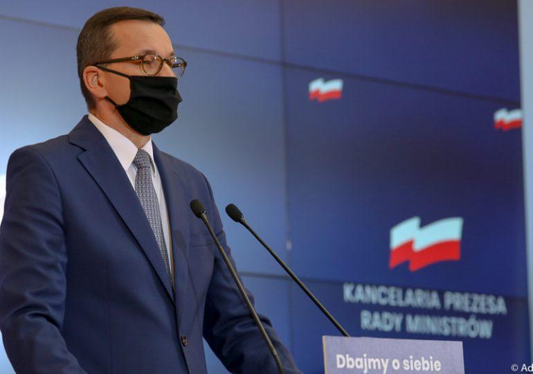 Premier: Oprócz walki z wirusem ponownie musimy zmagać się z zalewem fake newsów